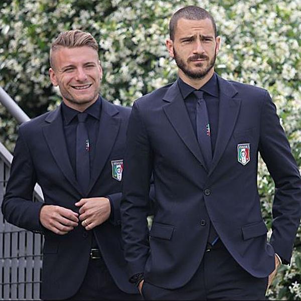 サッカーイタリア代表スーツスタイル